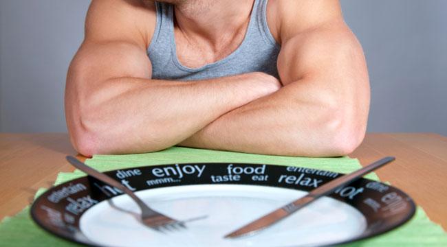 bodybuilder-eating
