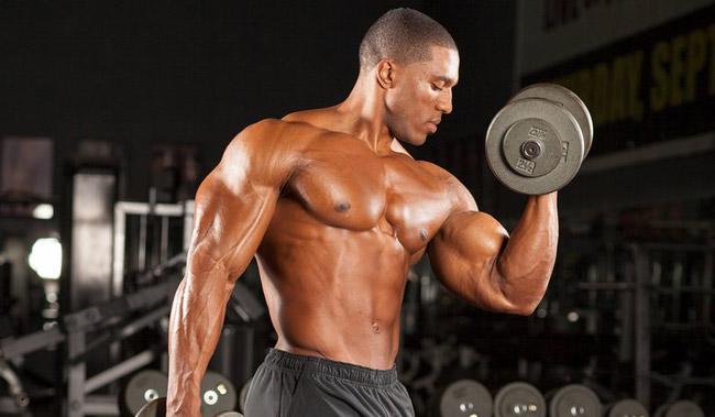 buyuk-biceps-antrenmani
