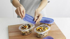 meal-prep-tupperware