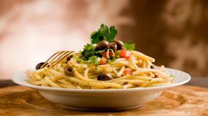 pasta-olives-carbs_0