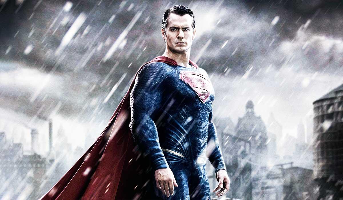 henry-cavill-supermen-vucudunu-bu-antrenmana-borclu